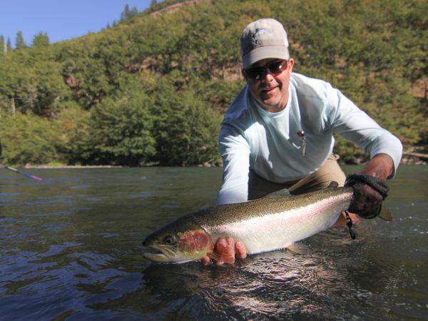Klickitat_steelhead_fly_fishing_guides_washington_state-3