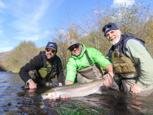 Klickitat_steelhead_fly_fishing_guides_washington_state-7