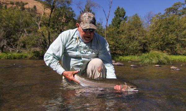 washington_fly_fishing_guide_summer_steelhead_klickitat_river_-16